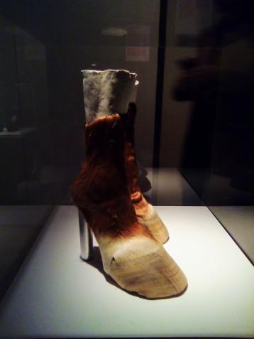 """Iris Schieferstein, """"Horseshoes"""""""